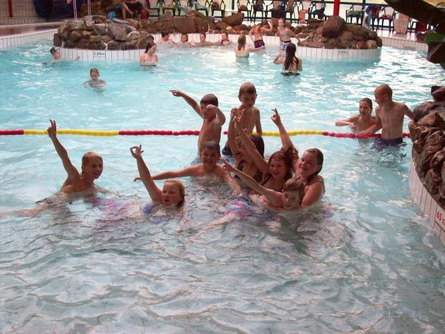 Groepsfoto in water